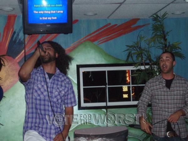 Kai Kalama sings Jesus Walks