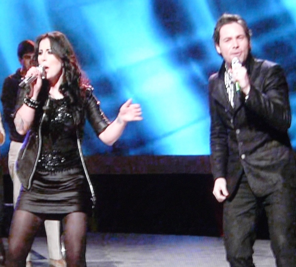 Carly Smithson and Michael Johns return to Idol