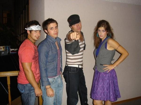 Kris Allen likes playing dress up?