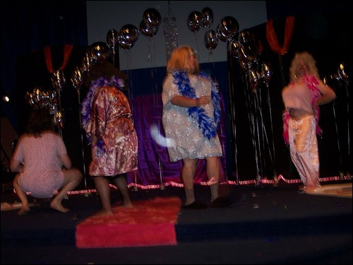 FBIM drag show continues!