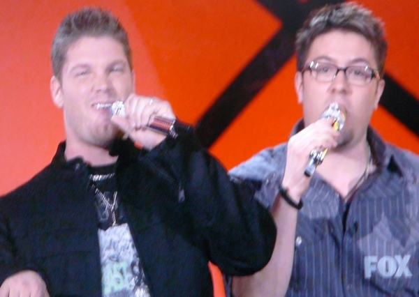 American Idol's God Squad: Sarver and Gokey make funny faces for Christ