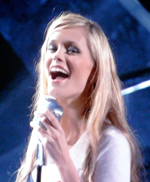 Megan Joy is BEAUTIFUL! CAW! CAW! CAW!