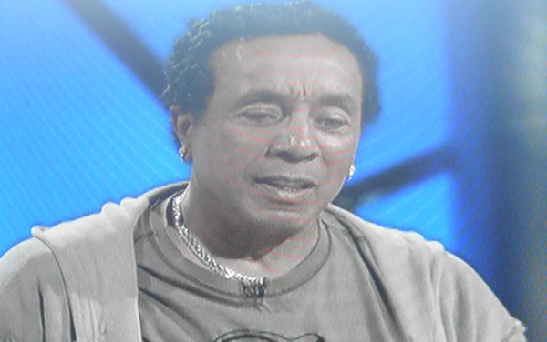 Smokey Robinson's SMOOTH forehead