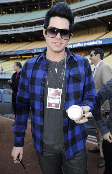 Adam Lambert paints his nails Dodgers Blue