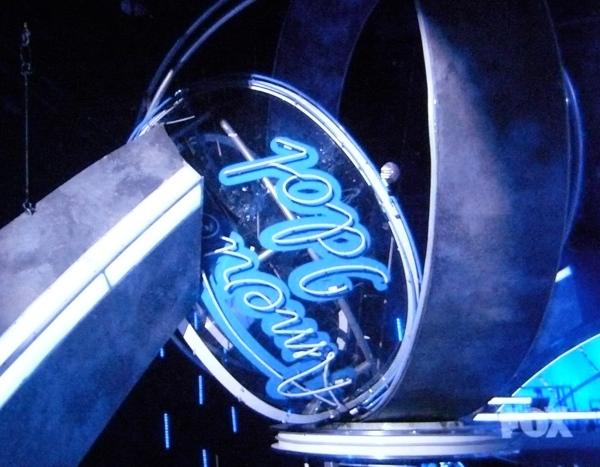 The death gyroscope on the American Idol set