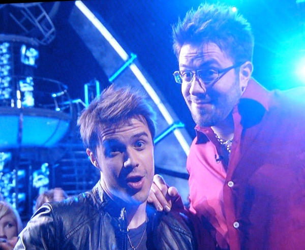 Kris Allen and Danny Gokey before their duet from hell