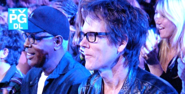 Kevin Bacon in the Idol audience