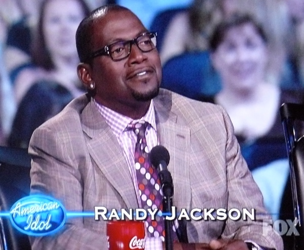 Randy Jackson: Dresses like a moron even in a suit & tie