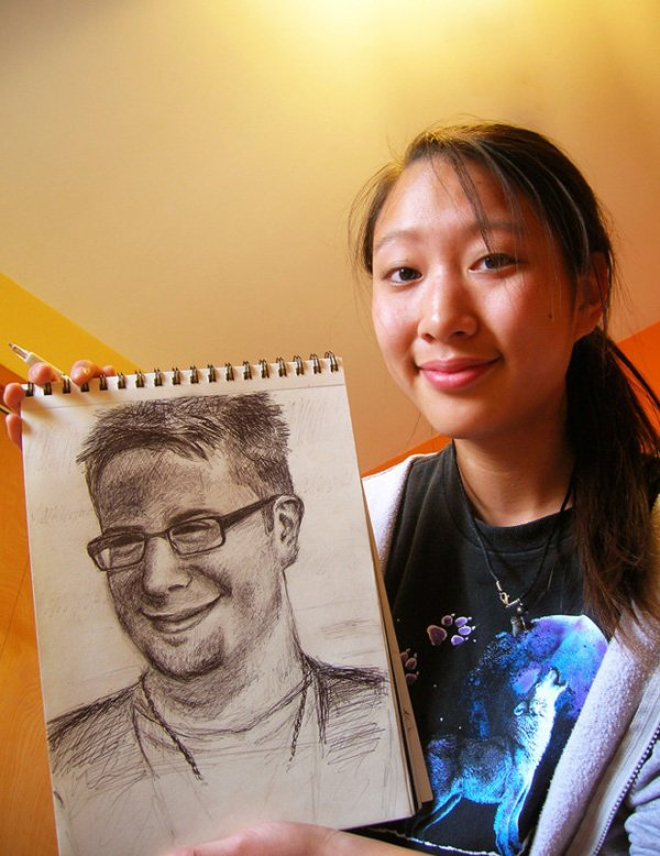 Girl in wolf t-shirt with Danny Gokey drawing