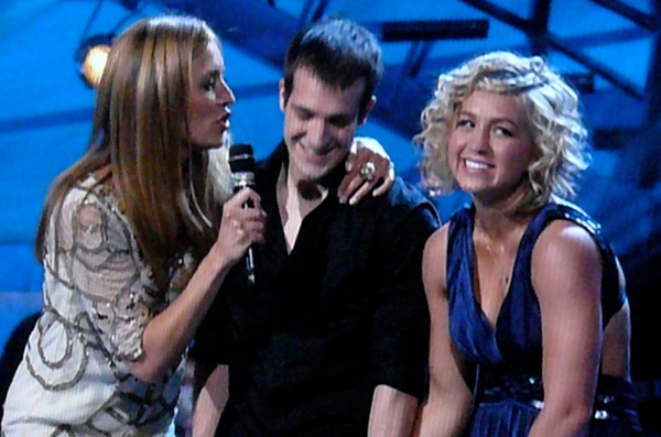 SYTYCD -- Cat Deeley with tiny couple she can fit in her pocket