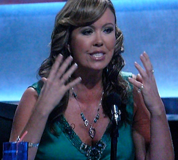 Crazy Mary Murphy needs you to fill her drink -- SYTYCD
