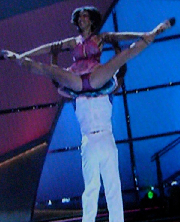 SYTYCD Brandon does insane lift with Jeanette