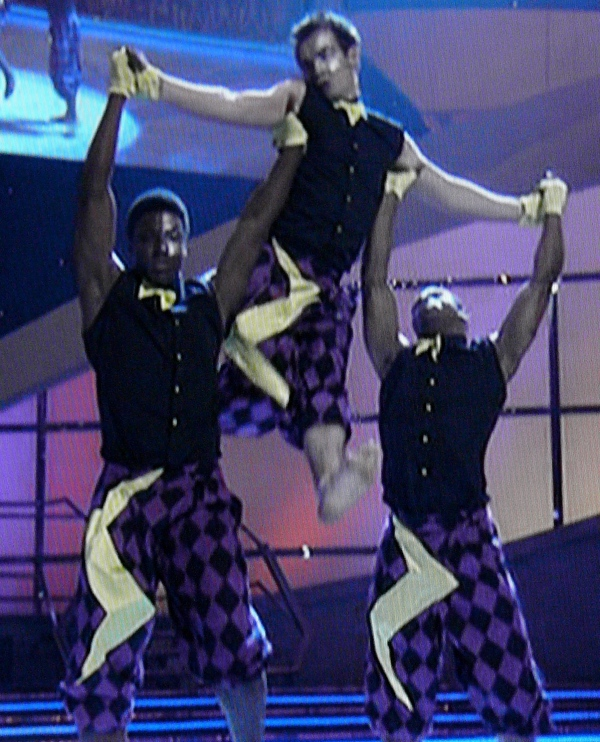 SYTYCD Top 6: Top 3 Guys Routine