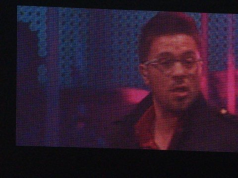 Danny Gokey on big screen -- American Idol Tour 2009 in Atlanta (07/31/2009)