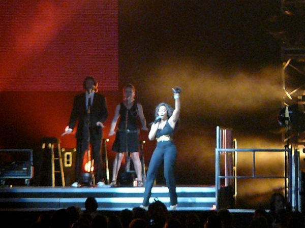 Lil Rounds -- TD Banknorth Garden -- Boston -- American Idol Tour -- August 28, 2009
