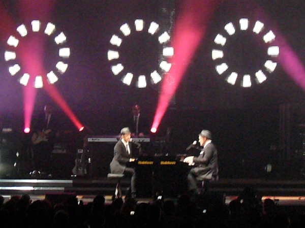 Scott MacIntyre & Matt Giraud -- TD Banknorth Garden -- Boston -- American Idol Tour -- August 28, 2009