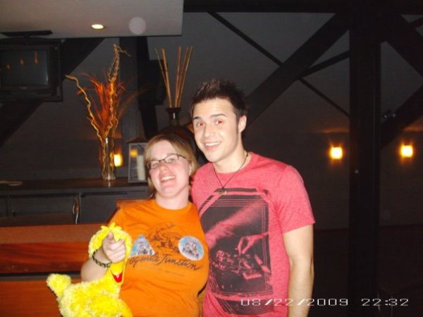 Libby and Kris Allen in Pittsburgh (Mellon Arena)