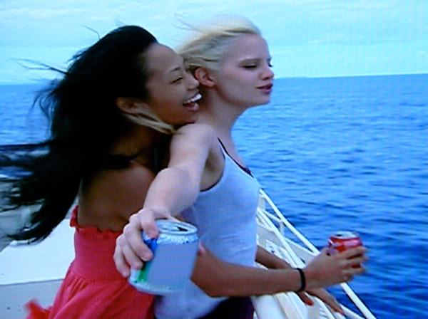 ANTM-Jennifer-and-Rae-play-Titanic